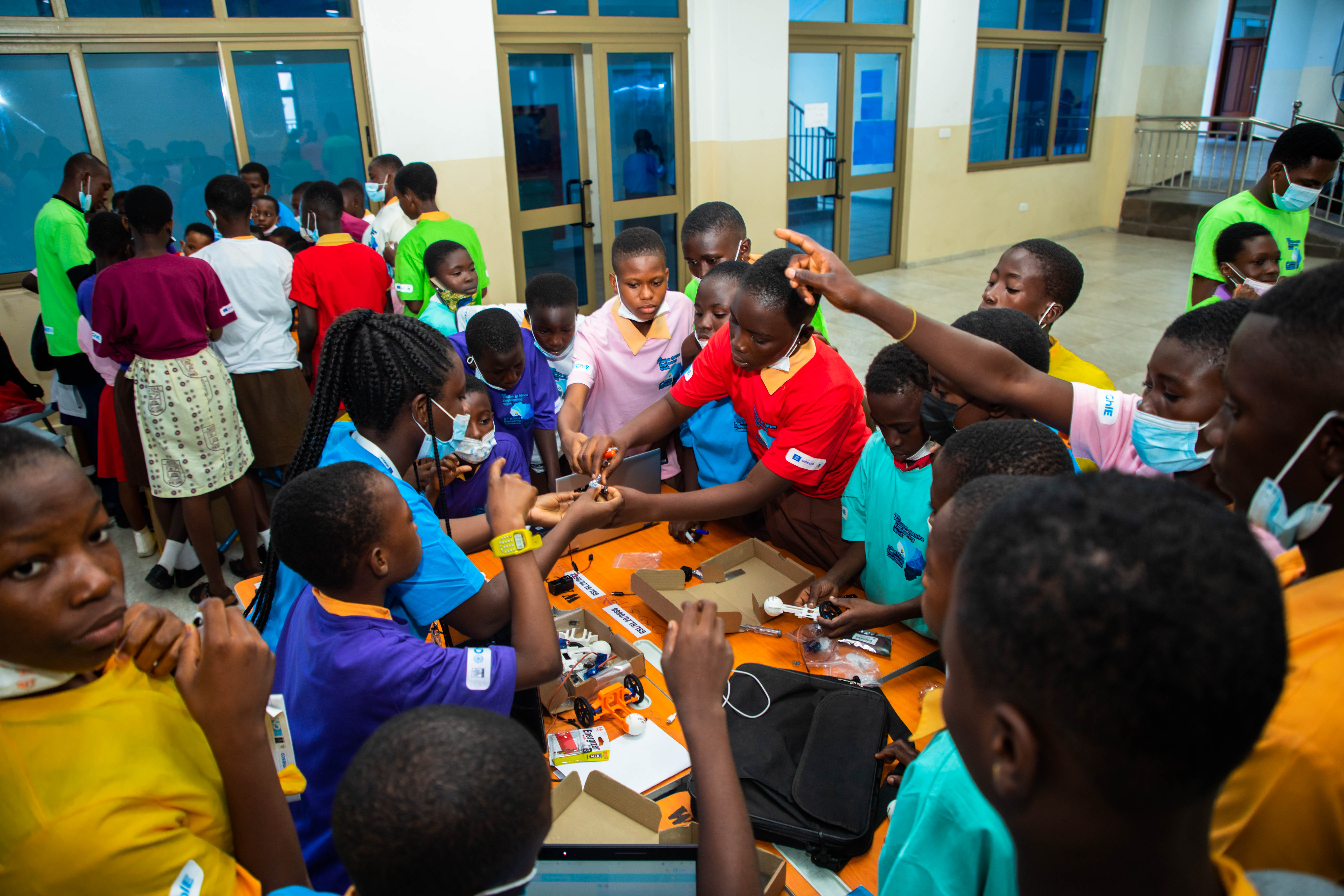 UNESCO supports AI and Robotics Session for 245 young students at 7th African Engineering Week in Ghana